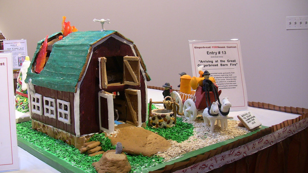 Gingerbread Farmhouses And Barns Photos Farm And Dairy