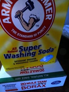 box of Arm & Hammer Super Washing Soda