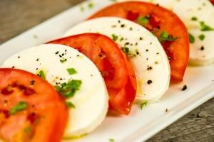 tomato slices and mozarella